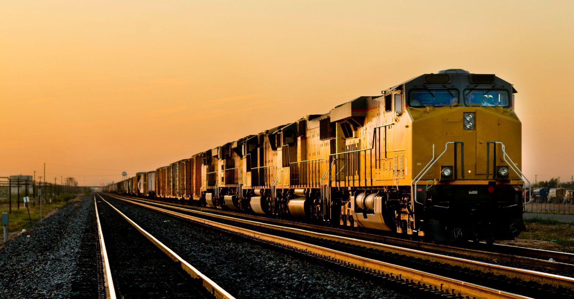 Железнодорожная перевозка грузов в РФ выросла в январе-мае на 3,4%