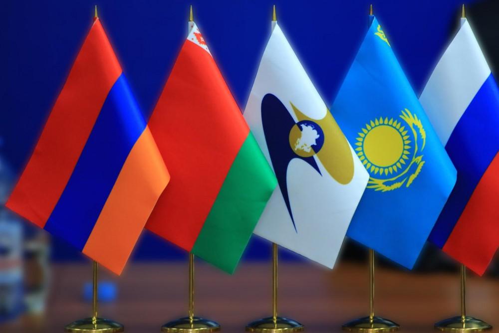 Дмитрий Медведев на форуме ЕАЭС не исключил ответных мер в торговой войне