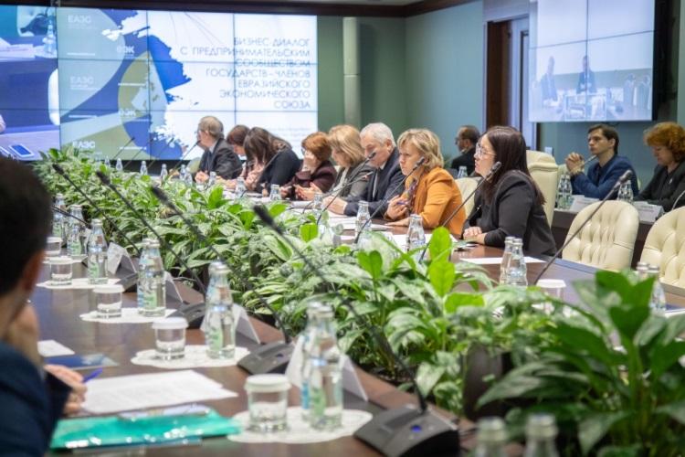 ЕАЭС тоже будет вводить маркировки на товары – по опыту России