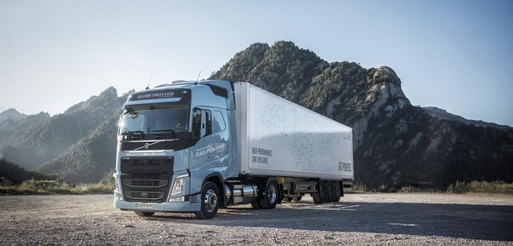 Volvo Trucks представляет энергоэффективные грузовики FH LNG и FM LNG