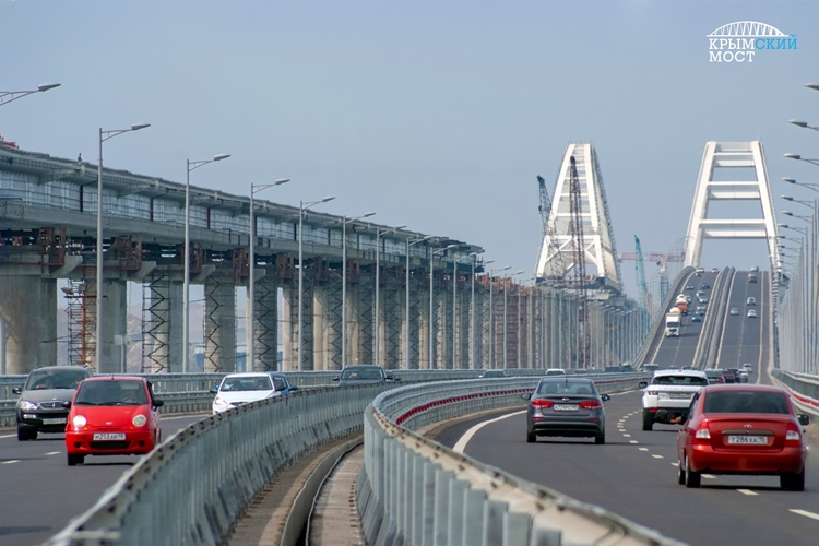 Крымский мост уже сэкономил перевозчикам миллиарды рублей