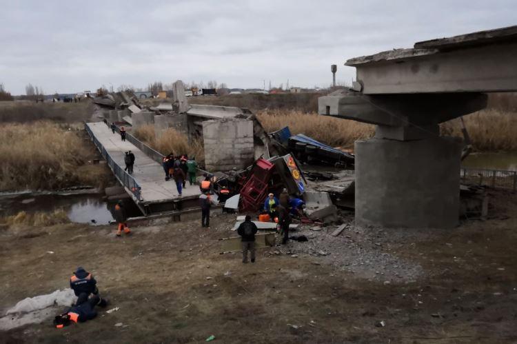Обрушился мост в Воронежской области