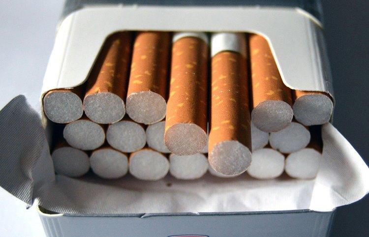 Маркировка сигарет заканчивается в виде эксперимента и принимает форму закона