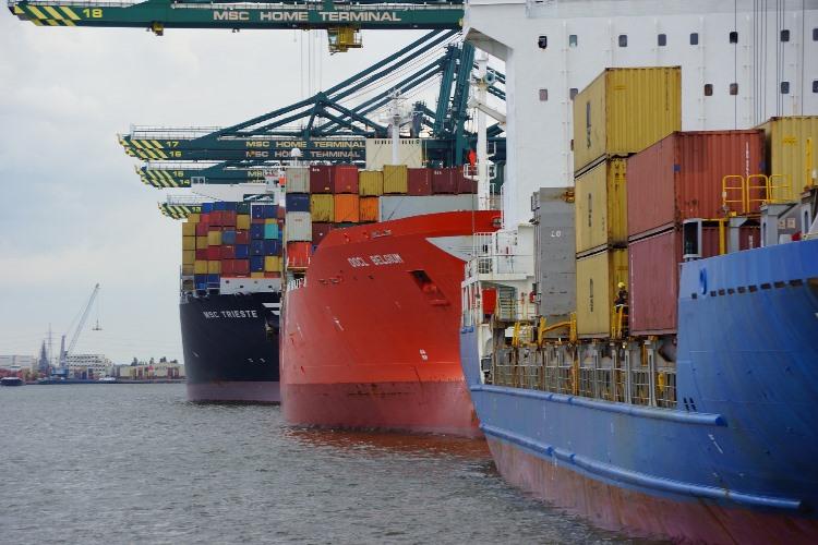 Минтранс хочет вернуть морские грузоперевозки под российскую юрисдикцию