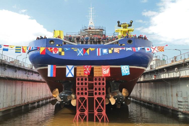 С 2008 года в России было построено более 130 грузовых судов