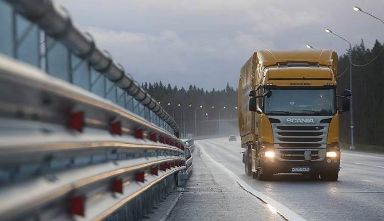 «Сознательные» грузовики будут самостоятельно сообщать «куда следует»