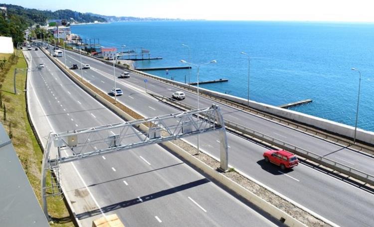 За счет чего «Росавтодор» сэкономил смету на строительство трассы в 1.5 раза?
