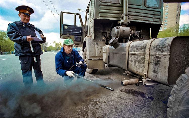 Более 50% грузовиков в России не соответствуют современным экологическим стандартам