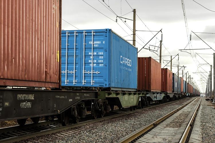 «РЖД Логистика» хочет отменить запрет провоза продовольственных и непродовольственных товаров в одном контейнере