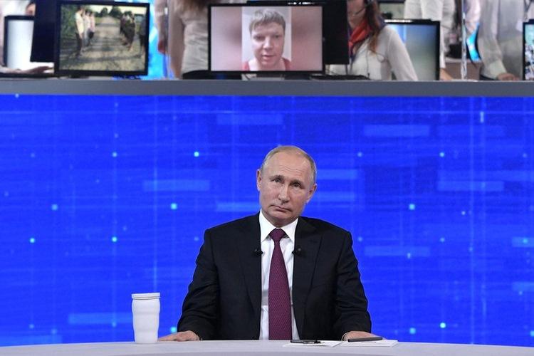 Прямая линия: Путин надеется, что Запад учтет ошибки от наложенных санкций