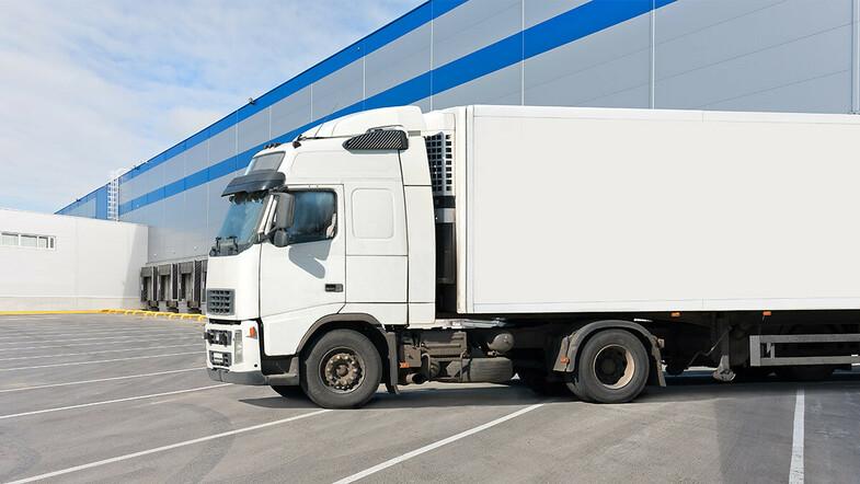 Какие марки грузовиков страховать дорого, по мнению Росгосстраха