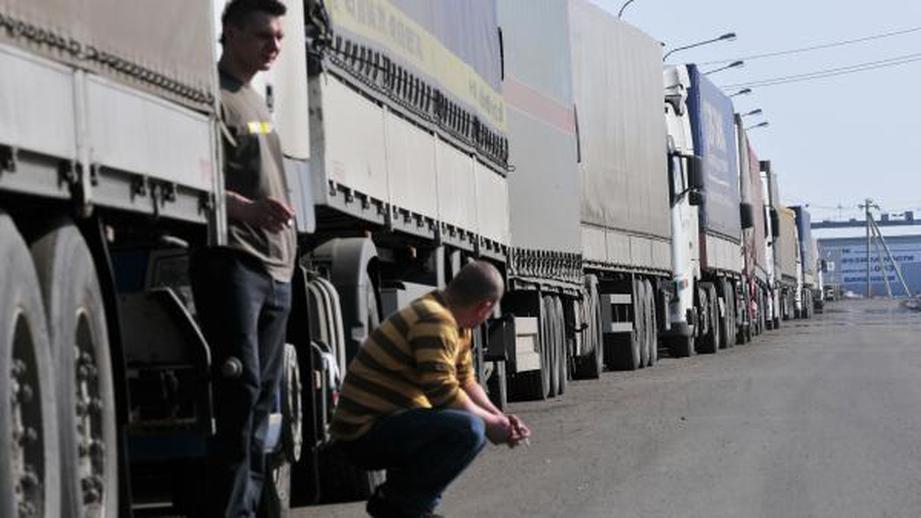Водителей тягачей будут лишать прав с конфискацией транспортного средства
