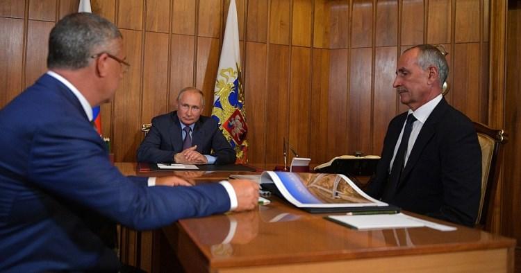 Владимиру Путину гарантировали, что трассу «Таврида» построят в срок