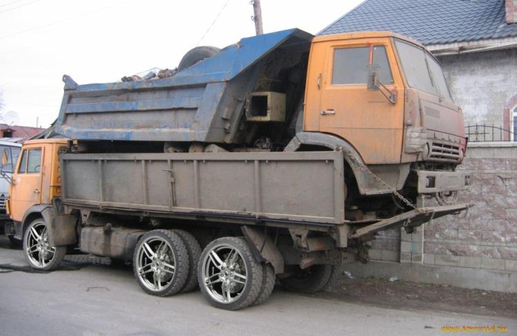 Размер утильсбора будет зависеть от срока пребывания автомобиля в РФ