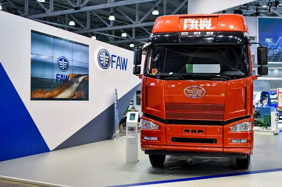 До 31 октября скидка на грузовые FAW составит до 200 тыс. рублей